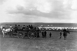 Churn Camp on the Downs, military manoeuvres - 2